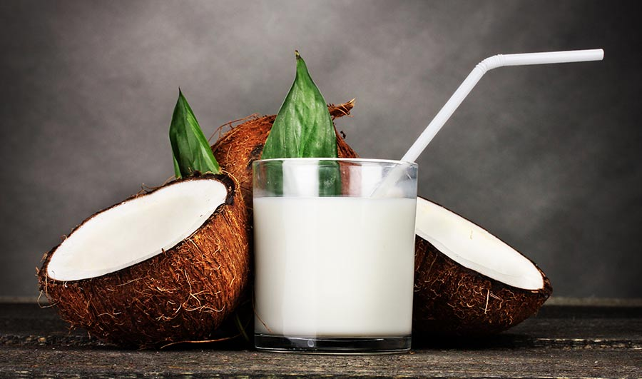 Adding Coconut Oil to Drinks