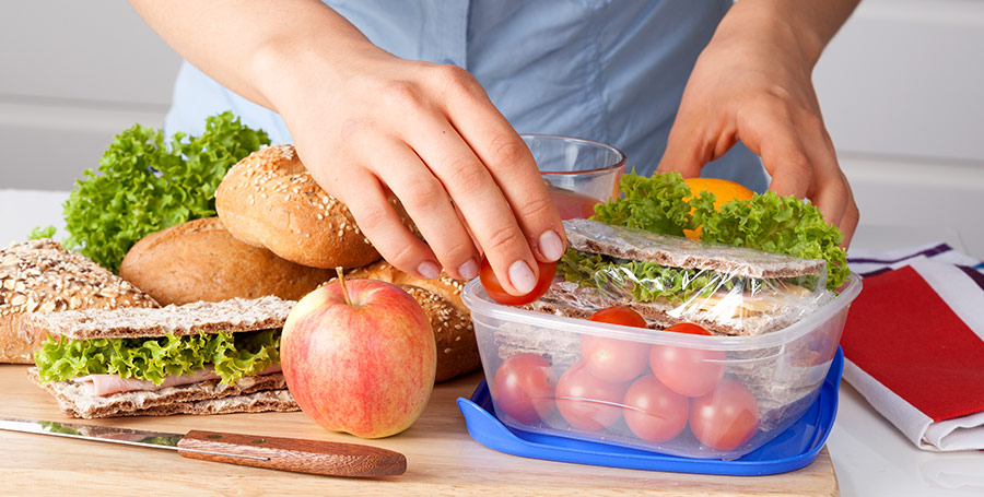 Pack Meals to Save Money on Food